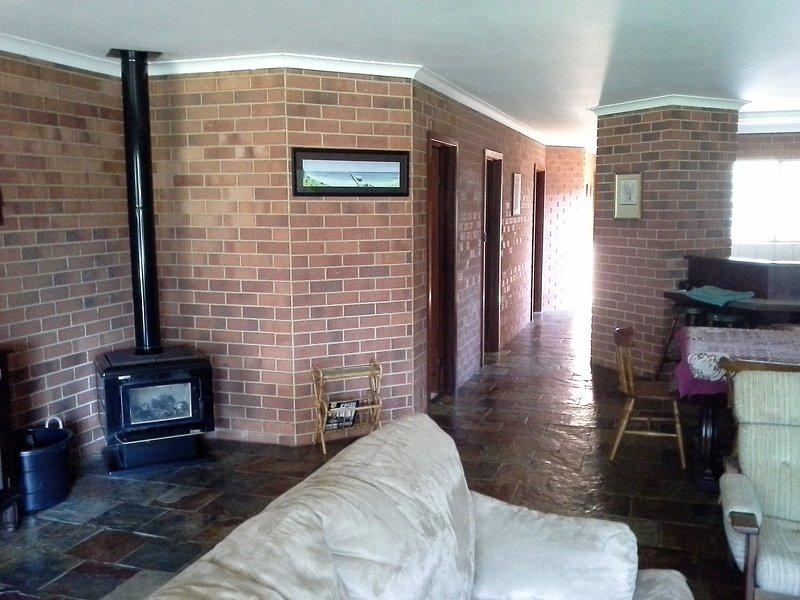 Tile fire, slate floors