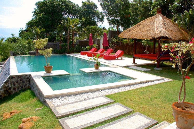 Villa Sianti: Luxury villa with pool, staff and amazing sea view! – semesterbostad i Buleleng Regency