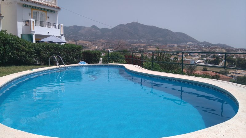Peaceful mountain views from swimming pool
