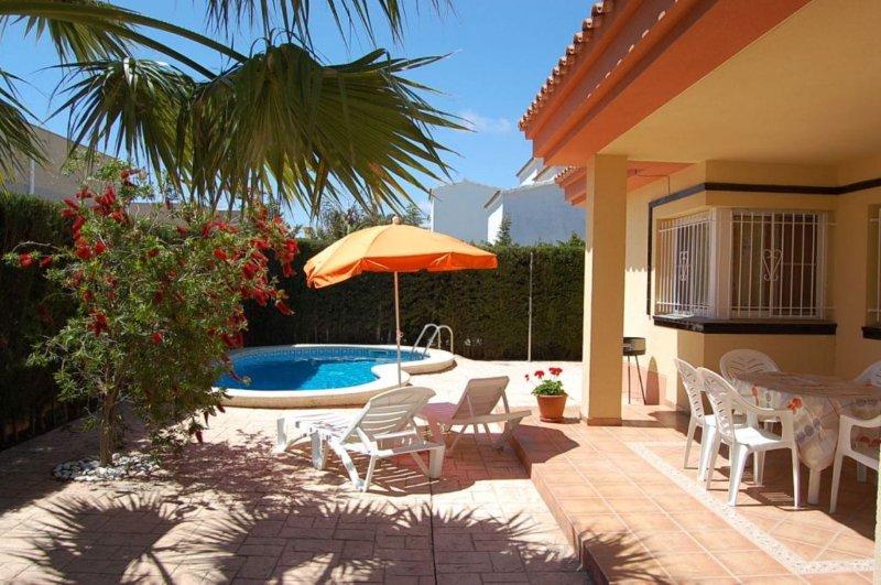 Casa ibiza 1, vacation rental in L'Eucaliptus
