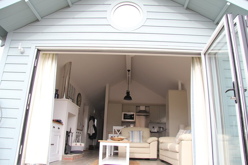 Looney Dunes Beach House Filey, vacation rental in Filey
