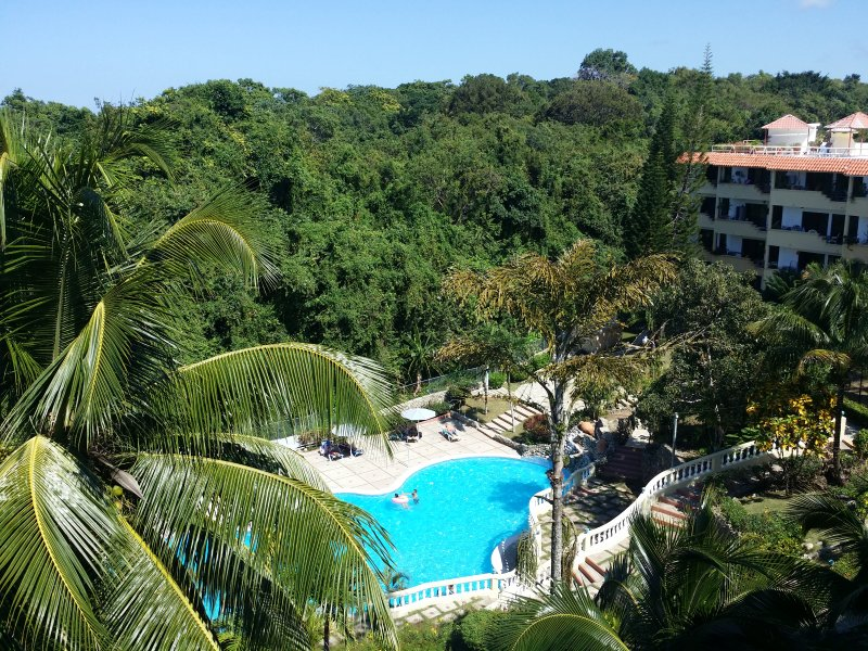 Town and Country Hotel Condo Aparti. Just Relax. Very comfortable., vacation rental in Sosua