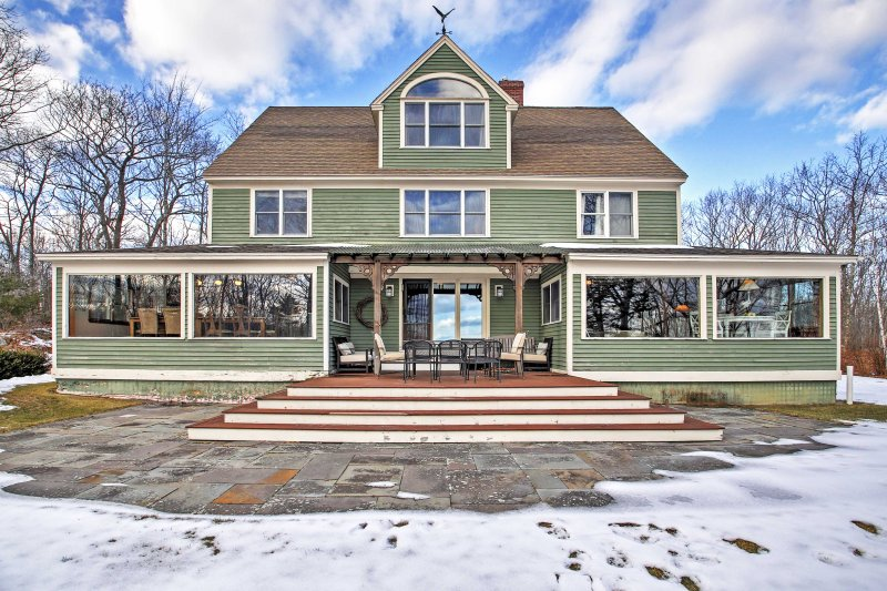 Your personal slice of heaven awaits you at this lovely 6-bedroom vacation rental house in Kennebunkport!