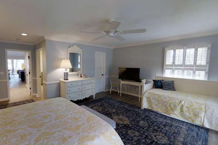 2ème chambre avec lit Queen Size & Twin Daybed