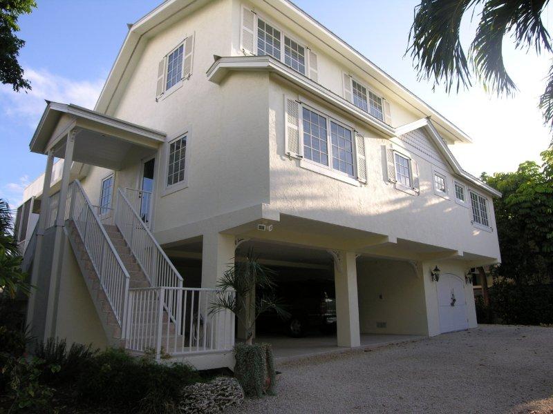 Come relax in Islamorada, the tropical jewel of the Florida Keys!!, holiday rental in Islamorada