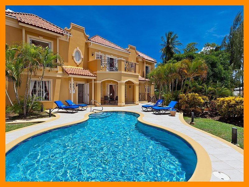 Sundown Villa - Modern villa with private pool and ocean views, holiday rental in Mullins
