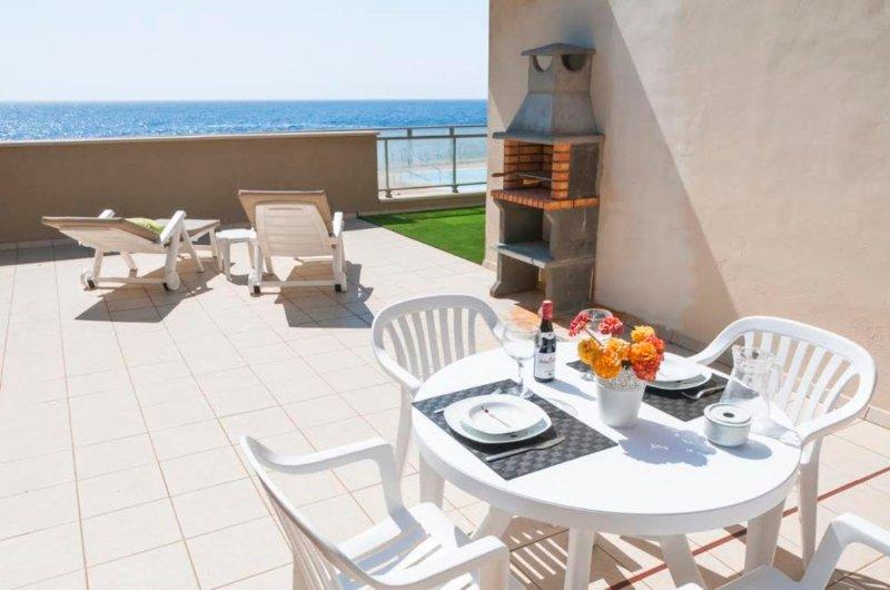 Luxury apartment in El Poris, Sea view, holiday rental in Poris de Abona