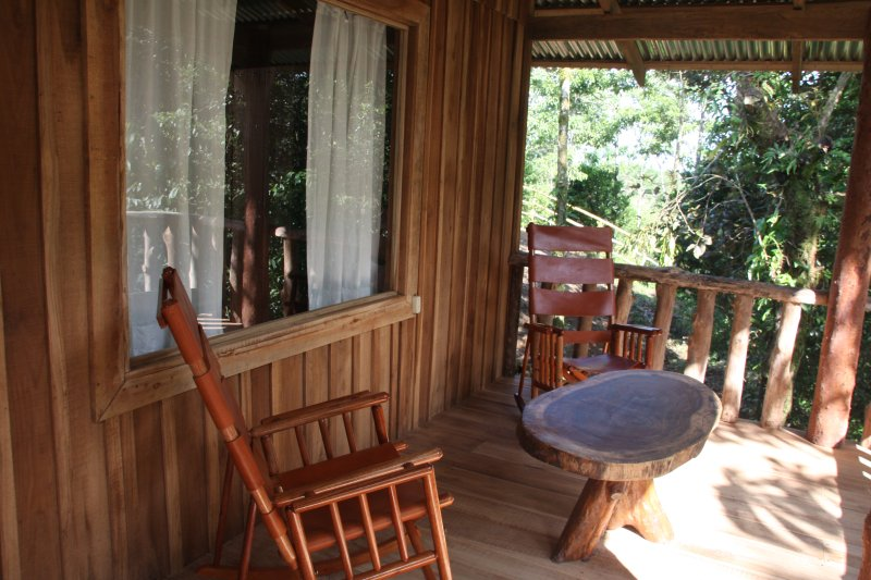 Finca Amistad Cacao Lodge, vacation rental in Guayabo