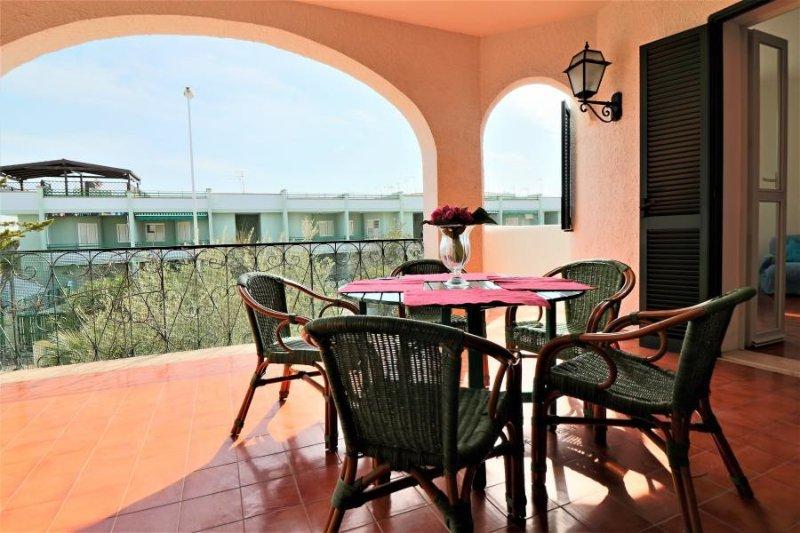Villa Tamerici for vacation in Baia Verde, Ferienwohnung in Baia Verde