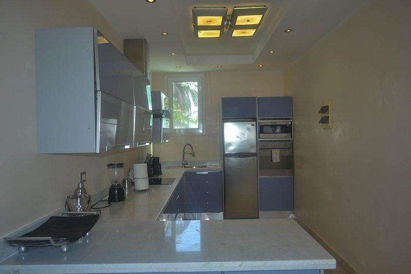 Réfrigérateur, Réfrigérateur, Intérieur, Chambre, Salle à manger