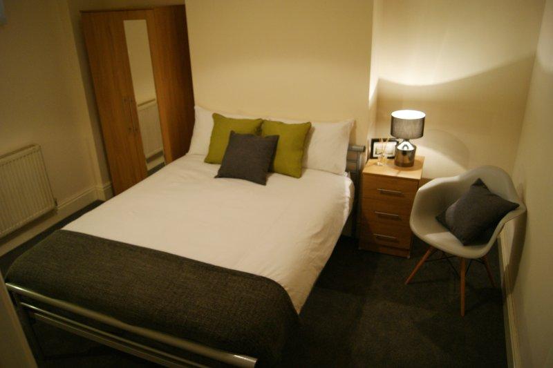 Beautiful comfy Bedroom