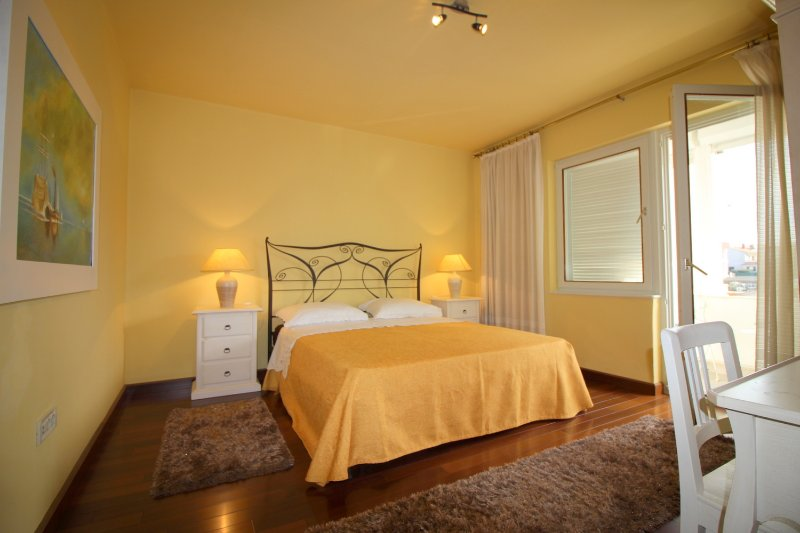 Apartment Ofelia a new apartment in the center of Porec, location de vacances à Porec