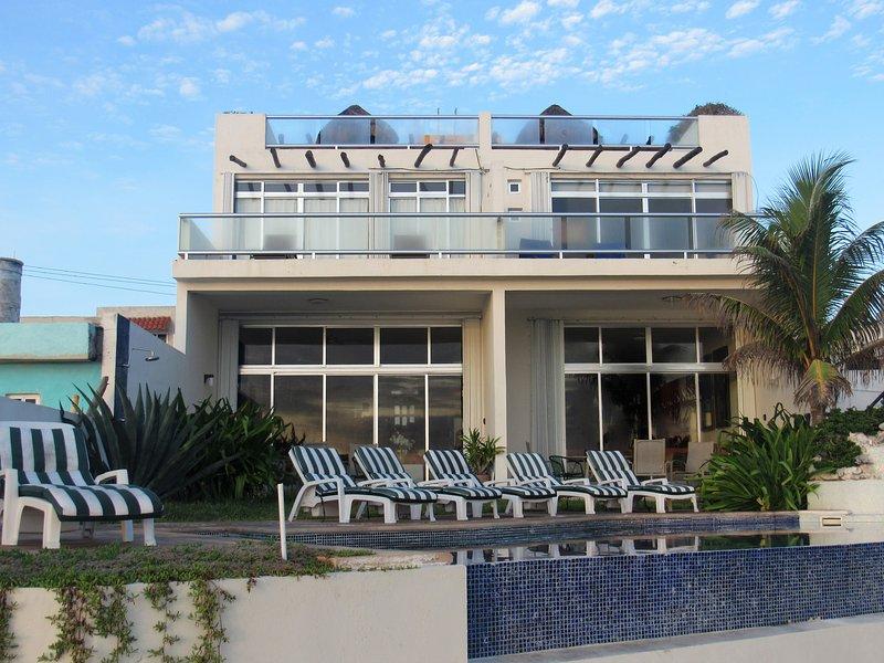 Villa Amistad from the Malecon