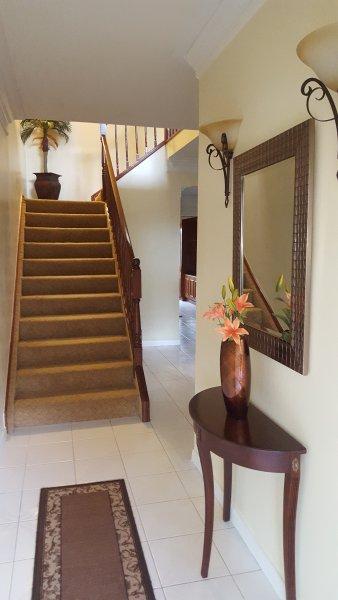 Entry/Foyer