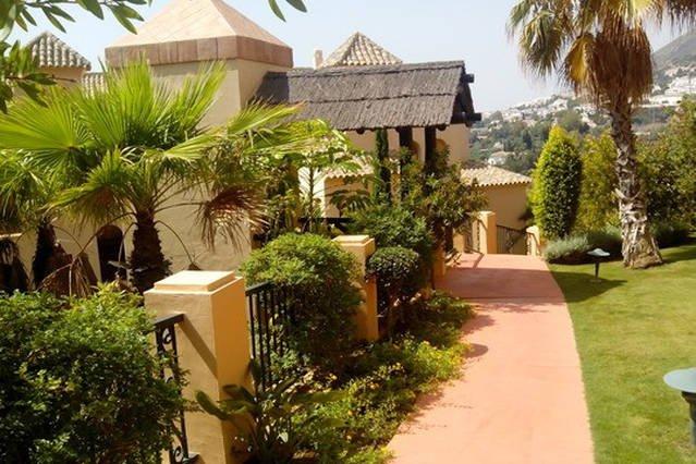 Maravilloso apartamento con vistas lujo, location de vacances à Arroyo de la Miel