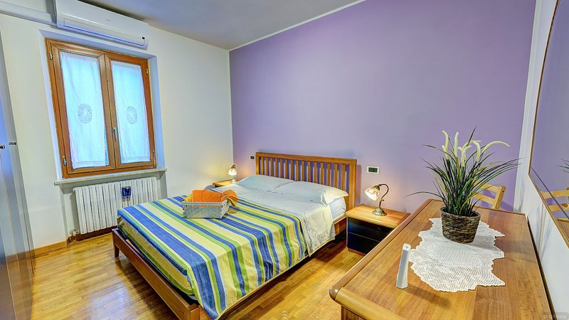 LISA Double room, spacious and equipped with every comfort. (External private bathroom)