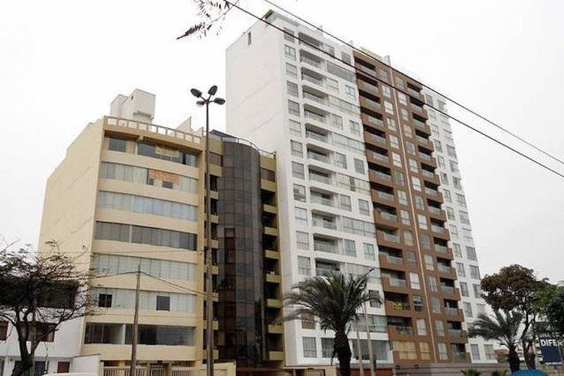 Convenientemente situado edificio en el corazón de Miraflores