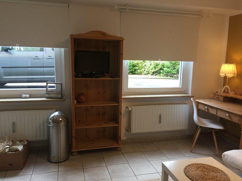 Hübsches Appartement im Grünen direkt an der A1 und  Remscheider Talsperre, Ferienwohnung in Ennepetal