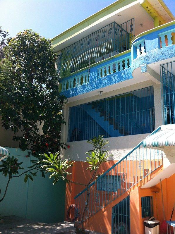 Casa Azul desde el jardín interior