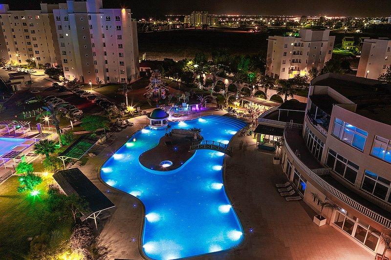 Sea&Mountain view 5 star apartment, holiday rental in Trikomo