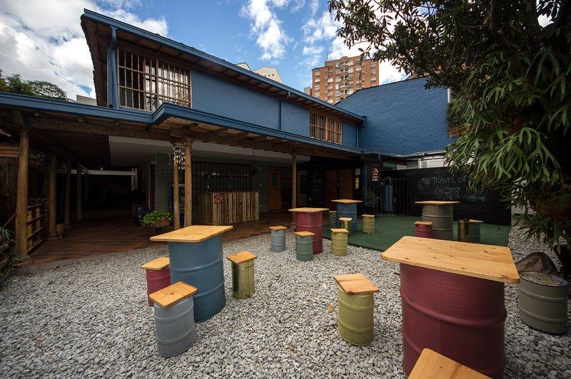 Yolo Hostel Medellin Poblado, location de vacances à Département d'Antioquia