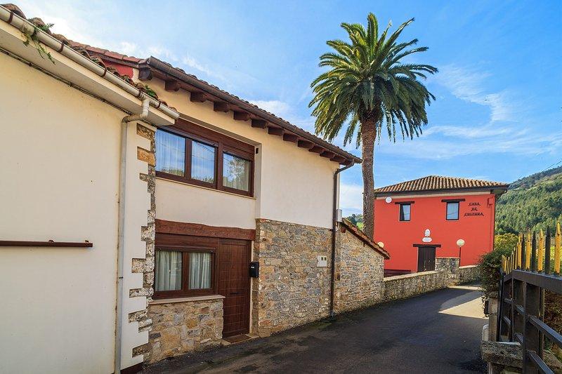 LA FORNA DE BEDRIÑANA.. VIVIENDA VACACIONAL., holiday rental in Arguero
