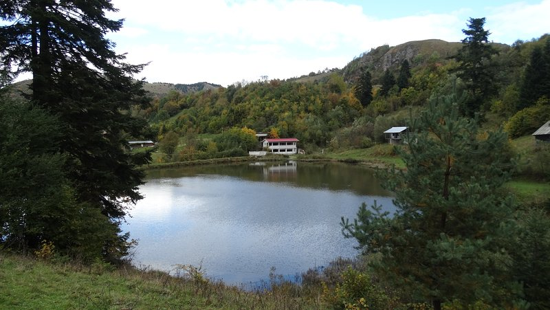 Lake taul Brazi for your rest and take a good time in silence.