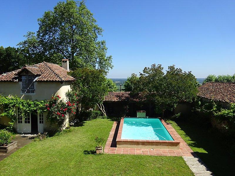 Belle villa familiale au soleil, holiday rental in Hagetmau
