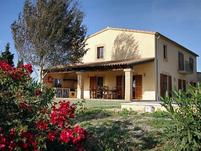 Villa Vista Alegre, vacation rental in Cala Mandia
