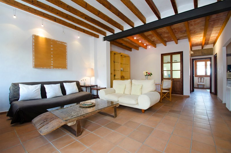 Beautiful property with character. Recently renovated, holiday rental in Palma de Mallorca