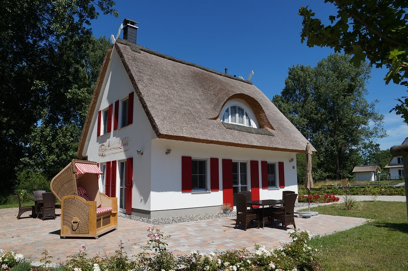 Romantikurlaub im Reethaus Lucia, vacation rental in Lohme