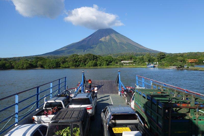 Isla de Ometepe, en el Lago de Nicaragua fue formada por dos volcanes