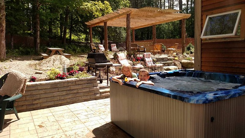 Large Hot tub in backyard! Patios with pergola for outdoor gatherings