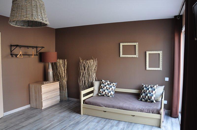 Room side terrace 160 cm bed +2 single beds
