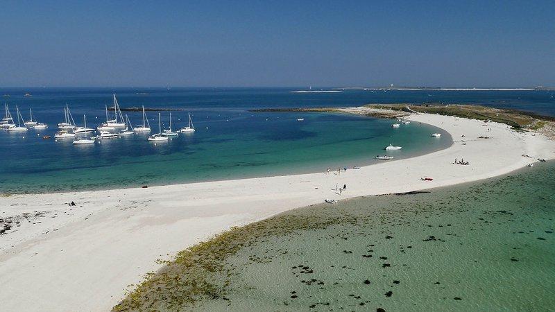 la glenan, islas Sept alrededor de un mar de aguas interior.