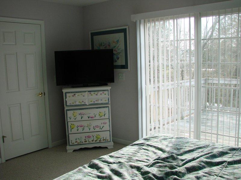 Deck off of 2nd floor master bedroom