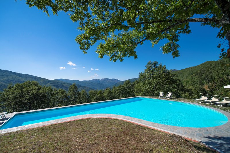 Il Metato - Nice Farm stay with amazing view, holiday rental in San Marcello Pistoiese