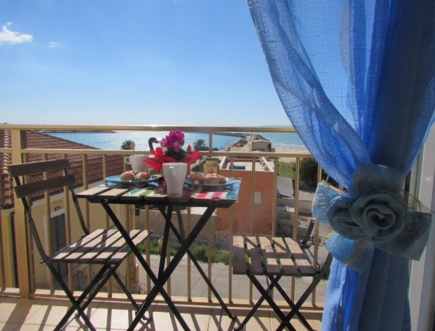 Ohana Bed and Breakfast, holiday rental in Porto Empedocle