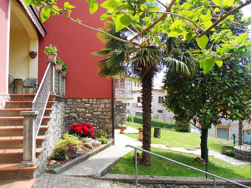 Appartamento in Villa Neoclassica, location de vacances à Solto Collina