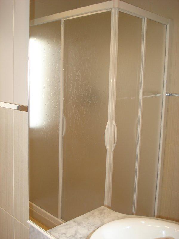 1er étage salle de bains.