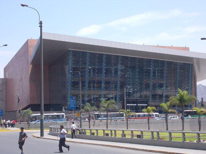 Grande Teatro Nacional 300 metros.
