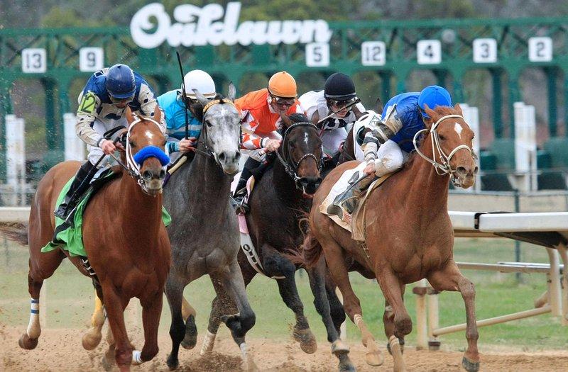 Live Racing January - April! Casino Gaming & Simulcast Horseracing Year-Round