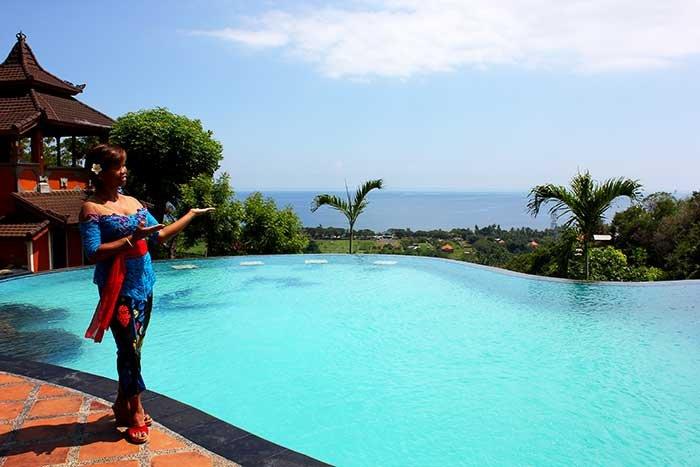 Sing Sing Resort Lovina Joglo 1, holiday rental in Temukus