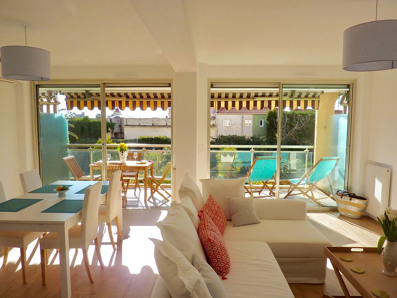 Welcome to our bright, double living and dining area that opens onto the large sunny terrace.