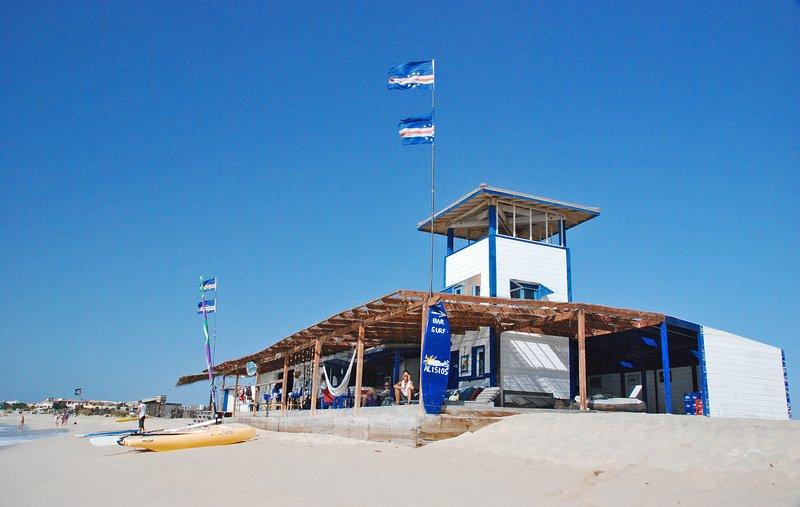 ESTORIL the beach kitesurfing rental, surfing and windsurfing