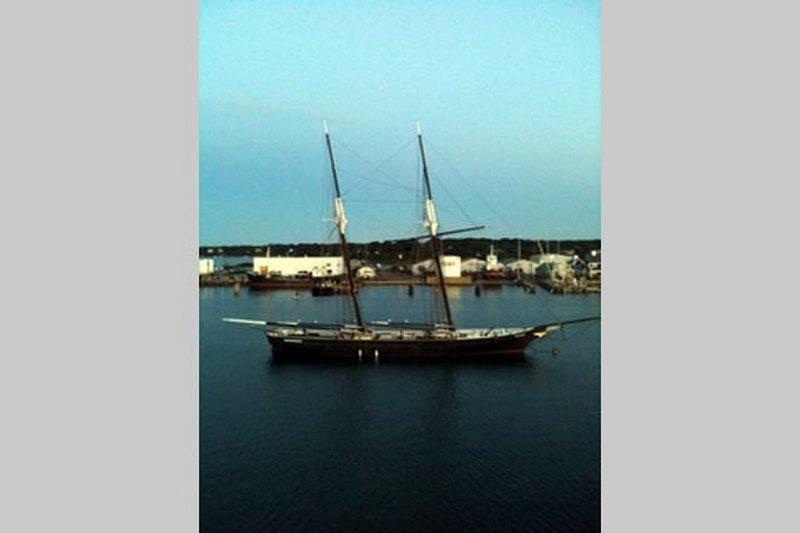 Vineyard Haven Harbor - às vezes eles têm alguns barcos de vintage ancorado lá.
