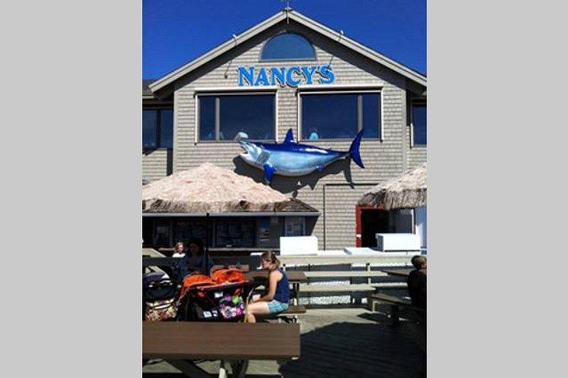 restaurante de frutos do Nancy em Oak Bluffs é um favorito.