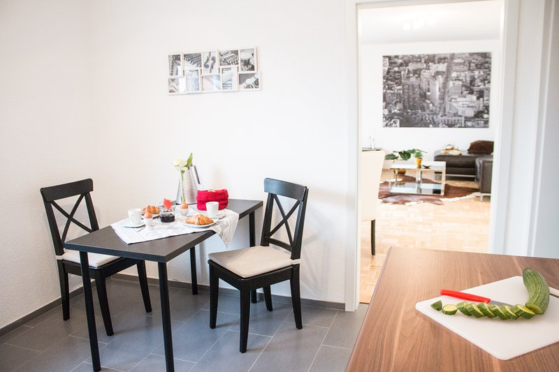 Your small dining area in the kitchen.