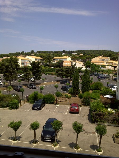 BEL APPARTEMENT DE 35M² PARKING PRIVE, location de vacances à Cap d'Agde