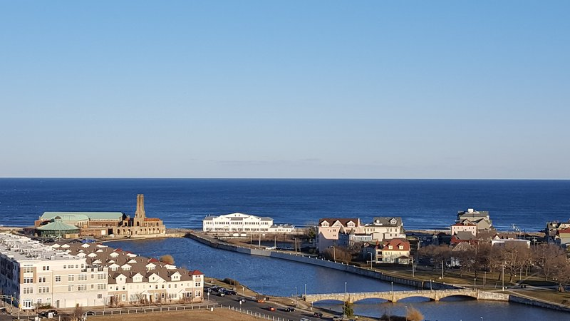 Asbury Park PentHouse with Spectacular Water views!, holiday rental in Howell